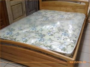 Кровать двухспальная из лиственницы
