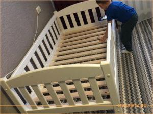 Кровать из массива березы для детской комнаты