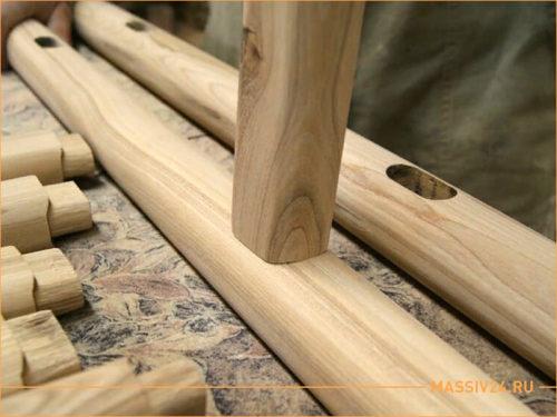 Деревянная заготовка будущей мебели из дерева