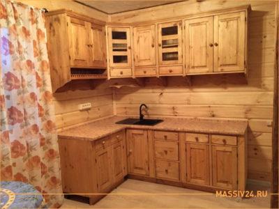 Кухня из массива дерева в экологическом стиле ЭКО